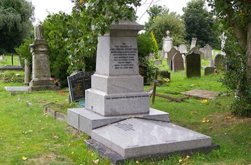 Stuart's Grave Lonndon Malone 2008