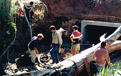 Warriparinga Weir Construction Malone 1998 (4)
